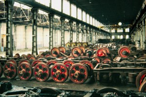 OGR. Sale Montate all'interno del fabbricato Montaggio, anni '80. Fotografia Gian Carlo Franceschetti. © Museo Ferroviario Piemontese per MuseoTorino