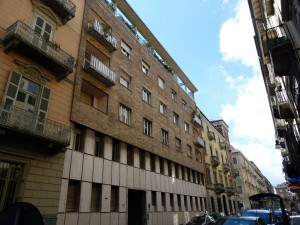 Edificio di civile abitazione in Via Ottavio Assarotti 5