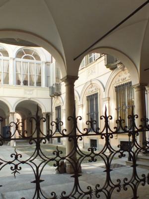 Palazzo Carpenetto di San Giorgio in via delle Orfane 6, interno cortile. Fotografia di Paola Boccalatte, 2014. © MuseoTorino