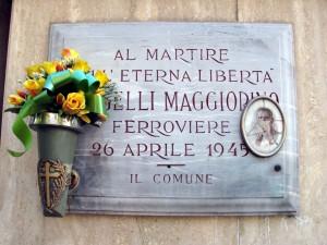 Lapide dedicata a Mongelli Maggiorino (1883 - 1945)