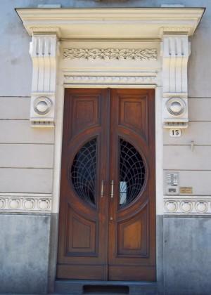 Arnaldo Riccio, Giuseppe Velati-Bellini, Casa Florio, 1902. Particolare dell'ingresso. Fotografia di L&M, 2011.