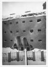 """Corso Vittorio Emanuele II, 127 """"Carceri giudiziarie""""[sic]. Effetti prodotti dai bombardamenti dell'incursione aerea del 20-21 novembre 1942. UPA 2011_9B04-39. © Archivio Storico della Città di Torino"""