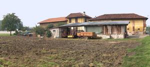 Borgata Parella, zona agricola lungo il corso della Dora Riparia, la cascina Il Cascinotto. Archivio Circoscrizione 4.