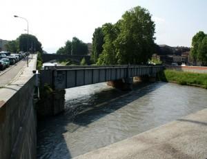 Ponte della ferrovia Torino-Ciriè-Lanzo sulla Dora