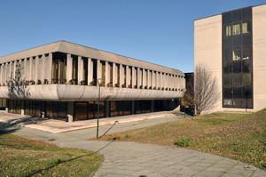 La sede della Circoscrizione 9. Fotografia di Mauro Raffini, 2010. © MuseoTorino.