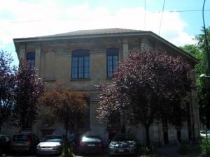 Ex Opificio Venchi – Ex Opificio Militare, da corso Belgio. Fotografia di Silvia Bertelli.