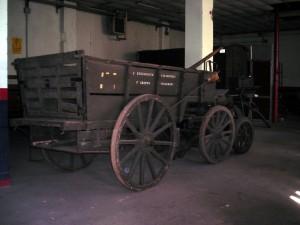 Carro appartenente alla logistica del Corpo dei Carabinieri. Fotografia di Silvia Bertelli.