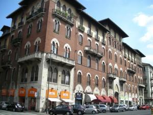 Edificio di civile abitazione Via Nizza 43. Fotografia di Daniele Trivella, 2013