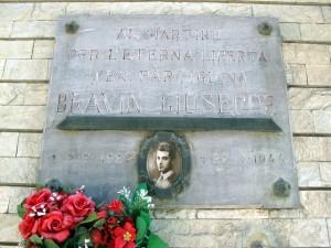 Lapide dedicata a Bravin Giuseppe (1922 - 1944)
