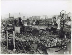 Via Rivalta 61. Stabilimento FIAT - Sezione Materiale Ferroviario. Effetti prodotti dal bombardamento dell'incursione aerea del 20-21 novembre 1942. UPA 2065_9B05-25. © Archivio Storico della Città di Torino