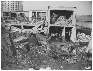 Corso Francesco Ferrucci 122. Fabbrica SPA. Effetti prodotti dal bombardamento dell'incursione aerea del 20-21 novembre 1942. UPA 2065_9B05-06. © Archivio Storico della Città di Torino