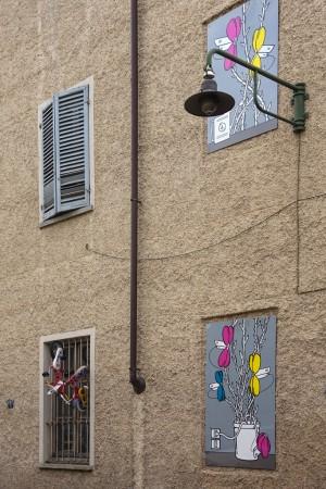 Gec-Art, Sistema floreale di videosorveglianza, 2016, via Corio 178, MAU Museo Arte Urbana. Fotografia di Roberto Cortese, 2017 © Archivio Storico della Città di Torino
