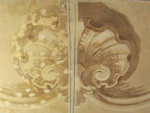 Prima e dopo il restauro di un conchiglione presente su una volta di villa Amoretti. © Città di Torino.