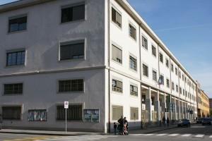 Il fronte su via Leoncavallo. Fotografia di Giuseppe Beraudo, 2009