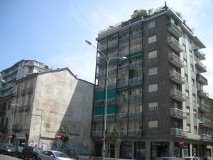 Edificio di civile abitazione già ad uso abitazione, negozio e magazzino in Via Nizza 201