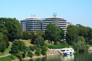 Veduta della sede degli uffici Sai. Fotografia di Fabrizia Di Rovasenda, 2010. © MuseoTorino.