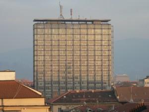 Vista dai tetti del grattacielo della Rai di via Cernaia. Fotografia di Davide Rolfo