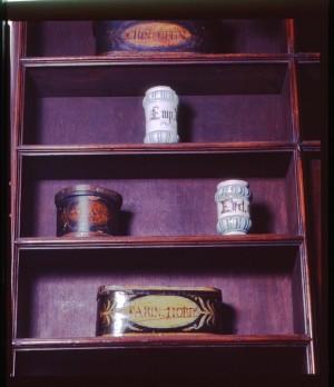 Regia farmacia Masino, suppellettili, 1998 © Regione Piemonte