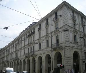 Edificio di civile abitazione in via Po 20