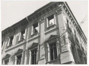 Palazzo già Costa della Trinità, Via San Francesco Da Paola, 17. Effetti prodotti dell'incursione aerea dell'8-9 dicembre 1942. UPA 3001_9D02-17. © Archivio Storico della Città di Torino