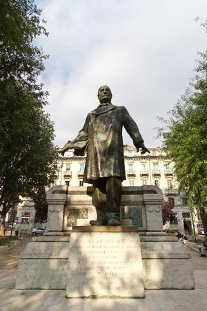 Monumento a Giovanni Battista Bottero