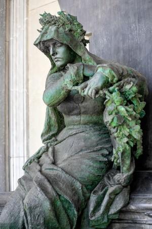 33 AIII Odoardo Tabacchi (1831-1905),Tomba Denina, 1888 (?) (Arcata 223). Fotografia di Roberto Cortese, 2018