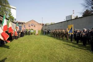 Sacrario del Martinetto, Cerimonia annuale in ricordo dei fucilati del 5 aprile 1944, 2005, ©Museo diffuso della Resistenza