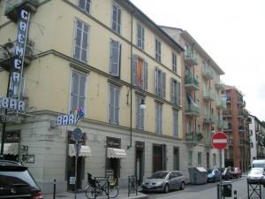 Edificio di civile abitazione in via Parma 47