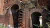 Particolare della Porta Palatina (4). Fotografia di Plinio Martelli, 2010. © MuseoTorino.