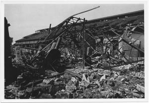 Corso Mortara 7, FIAT Sezione Ferriere Piemontesi. Effetti prodotti dai bombardamenti dell'incursione aerea del 25 aprile 1944. UPA 4505_9E06_24. © Archivio Storico della Città di Torino