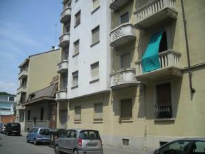 Edificio di civile abitazione in via Limone 18