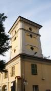Torre colombaia della cascina Giajone vista da via Guido Reni. Fotografia di Edoardo Vigo, 2012.