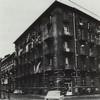 Edificio di civile abitazione con negozi e fabbrica