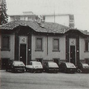 Casa di civile abitazione, già edificio industriale