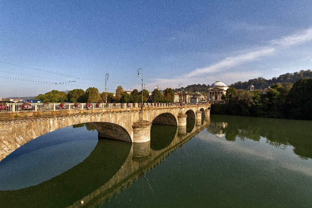 Museotorino scheda attraversamenti fluviali torinesi for Foto di ponti coperti