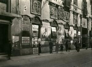 TORINO, CINEMA BORSA, VIA ROMA, VISTA DI SCORCIO. Fondazione Torino Musei, Archivio Fotografico, Fondo Mario Gabinio. © Fondazione Torino Musei