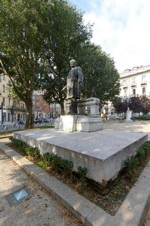 Odoardo Tabacchi, Monumento a Giovanni Battista Bottero (veduta), 1898-1899. Fotografia di Mattia Boero, 2010. © MuseoTorino.