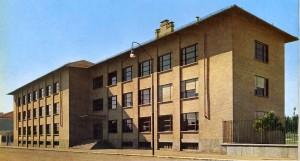 Sede dell'Istituto Professionale Industria e Artigianato (anche Tecnico Industriale) Giovanni Battista Bodoni-Paravia