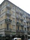 Edificio di civile abitazione e negozio in via Carlo Capelli 44
