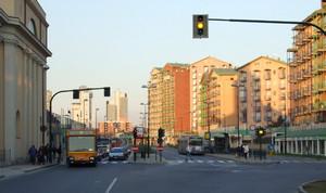 Vedute parziali dei complessi residenziali edificati nell'area industriale preesistente. Fotografia di Carlo Pigato, 2008.