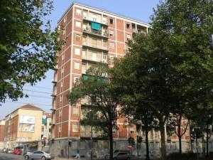 Case economiche municipali, corso Agnelli 148
