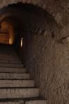 Scala di comunicazione fra la controguardia del bastione S. Maurizio e la galleria magistrale Soccorso. Fotografia di Paolo Bevilacqua e Fabrizio Zannoni.