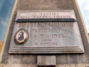 Lapide dedicata a Dario Edoardo Deangeli (1924 - 1945)