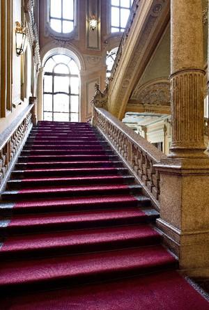 Lo scalone d'onore di Palazzo Barolo. Fotografia di Mattia Boero, 2010. © MuseoTorino.