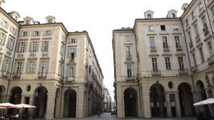 Piazza Palazzo di Città. Fotografia di Paolo Mussat Sartor e Paolo Pellion di Persano, 2010. © MuseoTorino
