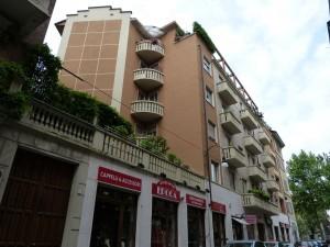 Edificio di civile abitazione in via San Domenico 45