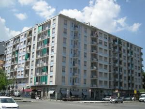 Edifici di civile abitazione già Industria di vernici Savia in Via Nizza 404