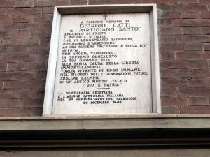 Lapide dedicata a Giorgio Catti