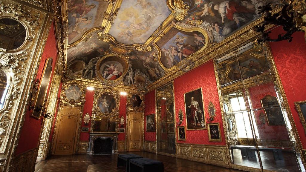 Facciata e scalone di palazzo madama museotorino for Interno 5 b b roma