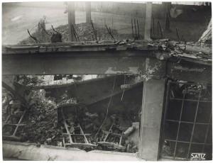 FIAT Lingotto Via Nizza (?). Effetti prodotti dai bombardamenti dell'incursione aerea dell'8-9 dicembre 1942. UPA 2845_9D02-07. © Archivio Storico della Città di Torino